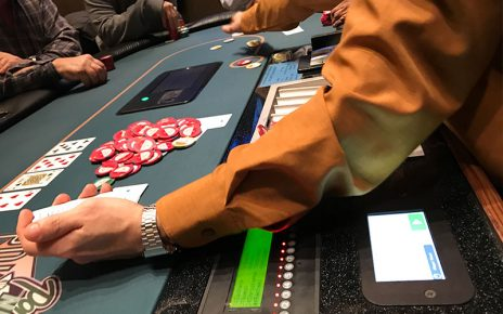 Discovering the Right Online Poker Gambling Website for You